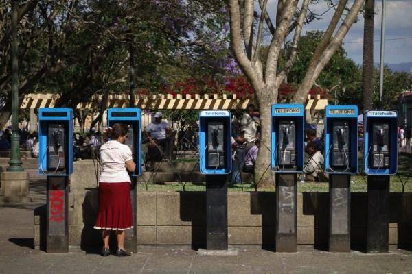 Phone calls, Parque Centenario