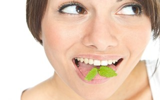 Bad Breath Causes and Natural Remedies