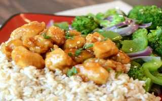 Orange Chicken Stir Fry with Brown Rice