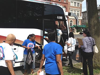 Philadelphia Contingent Travels to Harrisburg for Gun