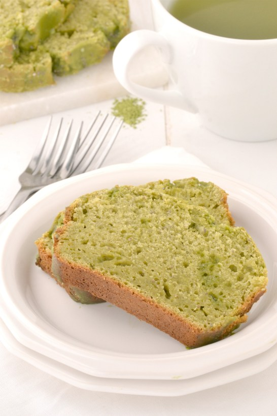 Green Tea Yogurt Cake | www.motherthyme.com