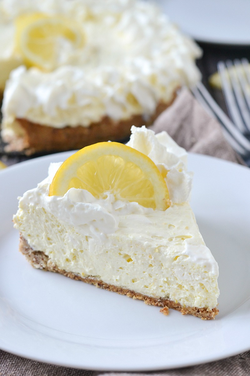 Low Carb Lemon Cheesecake | www.motherthyme.com