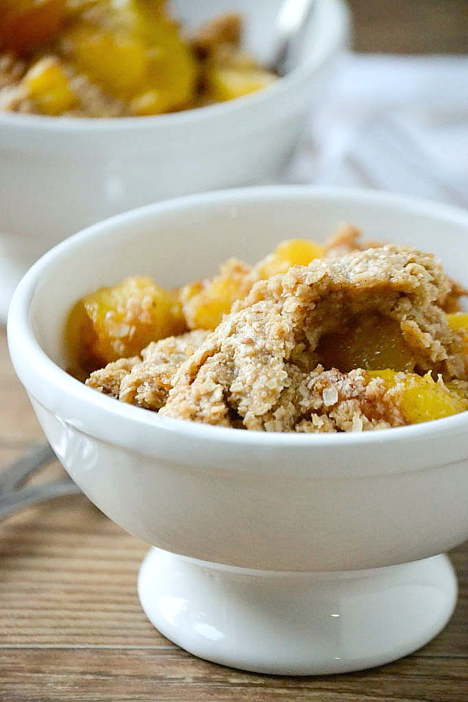 Oatmeal Cookie Peach Cobbler   www.motherthyme.com