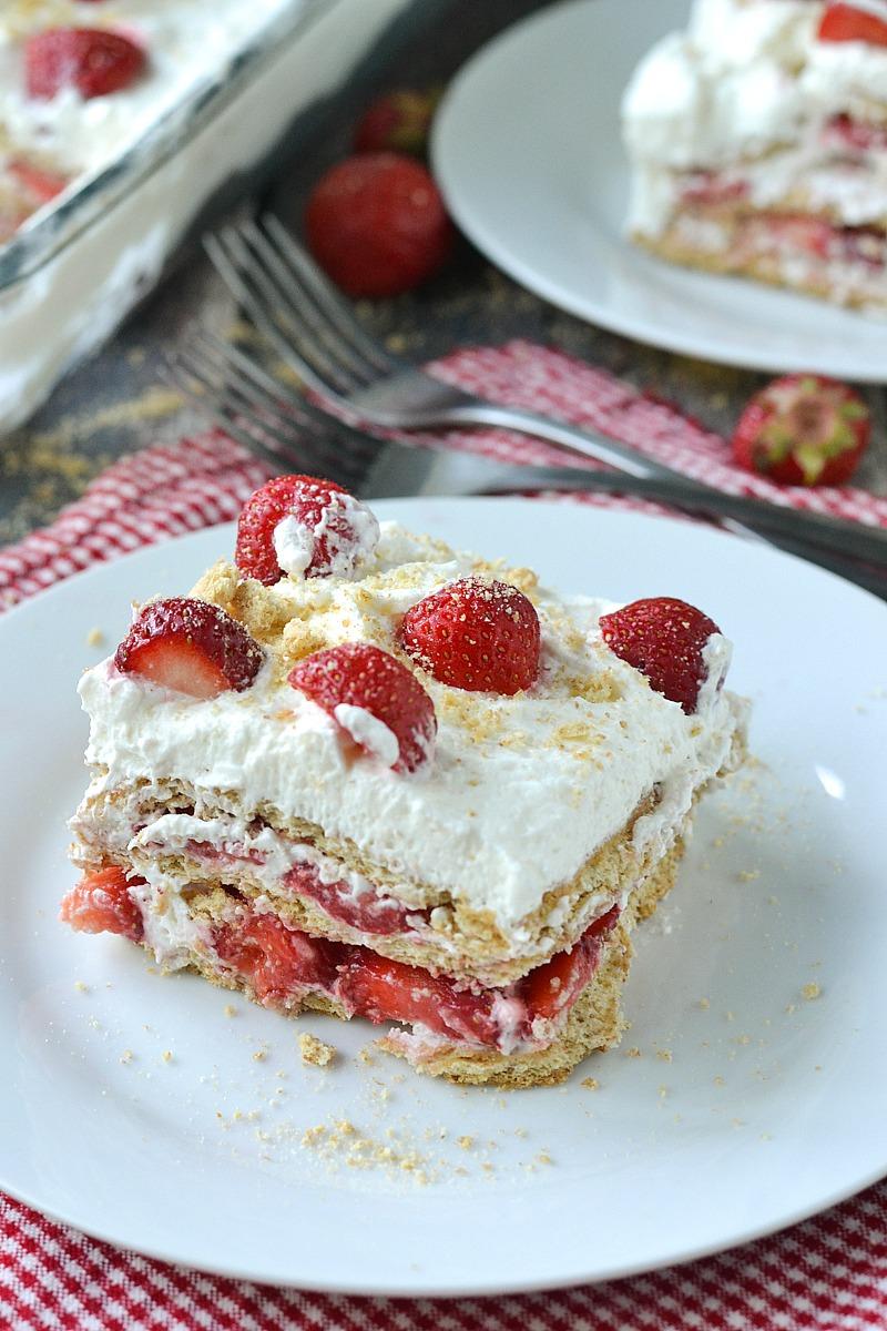 Strawberries and Cream Icebox Cake | www.motherthyme.com