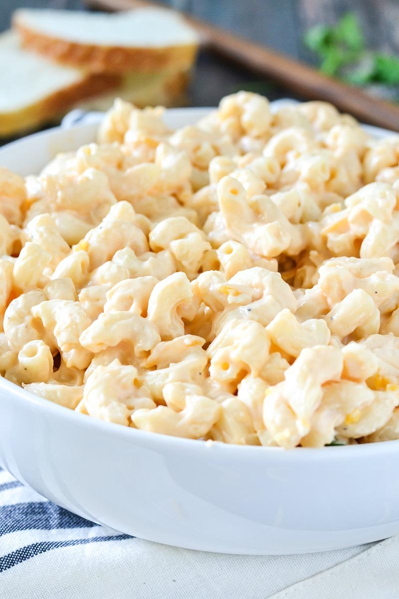 Creamy Macaroni and Cheese www.motherthyme.com