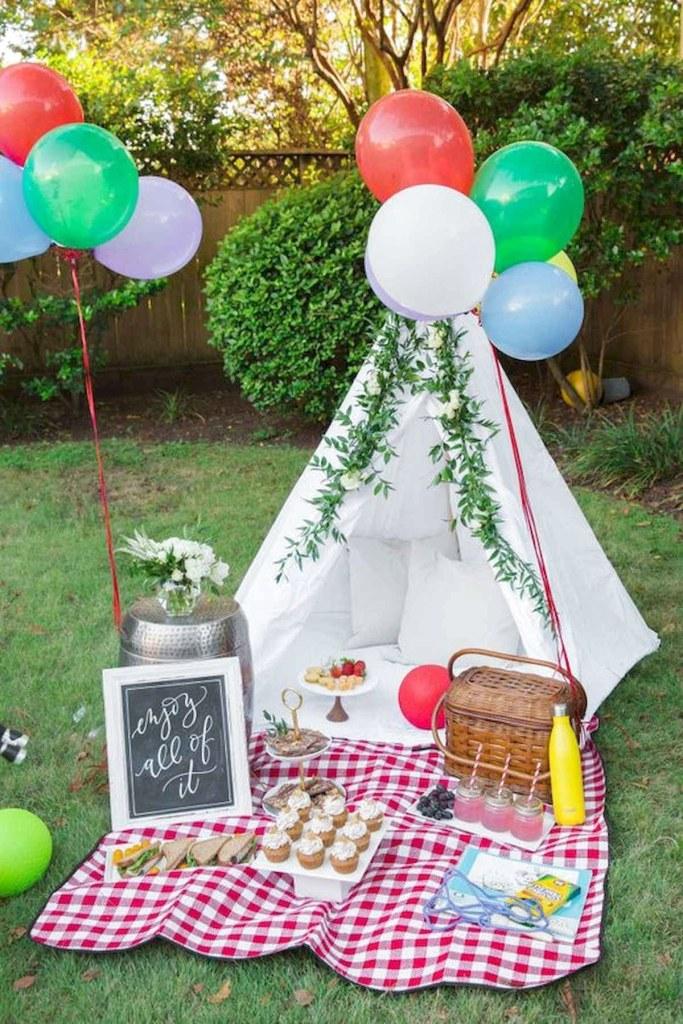 home picnic with teepee