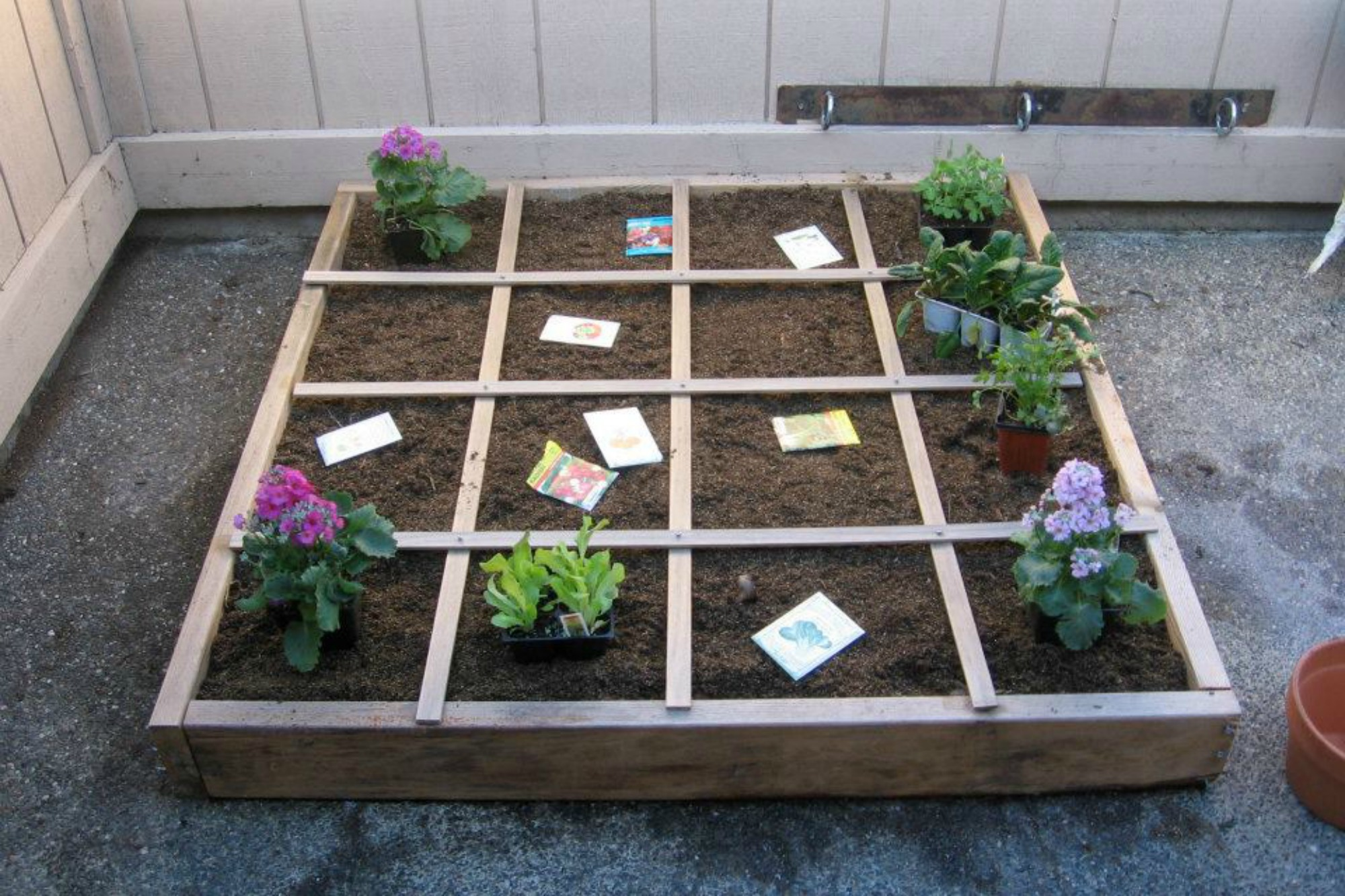apartment square foot garden layout anne green gardens
