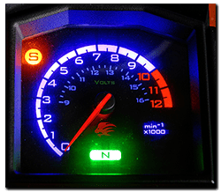 Aprilia Caponord ETV1000 & Rally-Raid Voltmeter and re-located side-stand light on dashboard