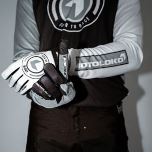 Born to Race gloves with Black motocross kit