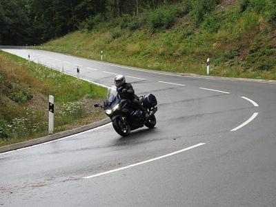Tegensturen op de motor - Moto Maestro Motortrainingen.