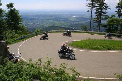 Bergtraining op de motor in het Zwarte Woud - Moto Maestro Motortrainingen.