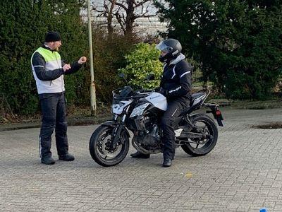 Motorrijopleiding bij Rijschool West Friesland - Moto Maestro Motortrainingen