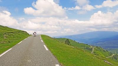 Printanière 2 : balade moto pyrenees