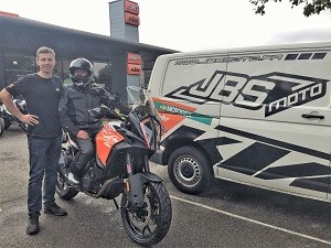 test super adventure ktm avec JBS toulouse