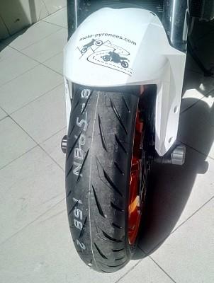 Pneu Bridgestone S22 hypersport avant