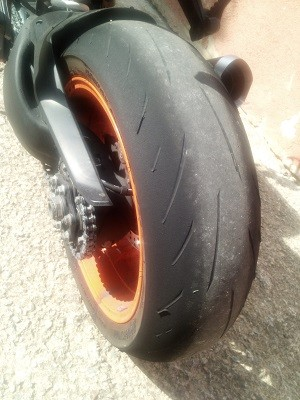Bridgestone S22 Battlax silice plus fine
