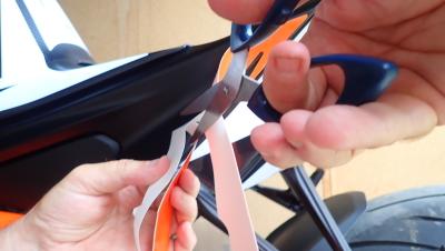 Tutoriel kit déco : couper le papier de protection