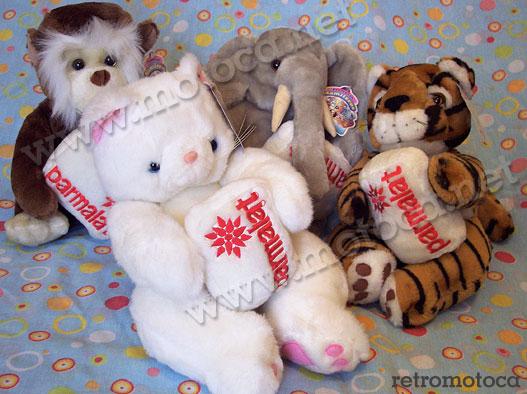 macaco, elefante, tigre e gata