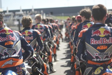 Red Bull Rookies get ready to go on track