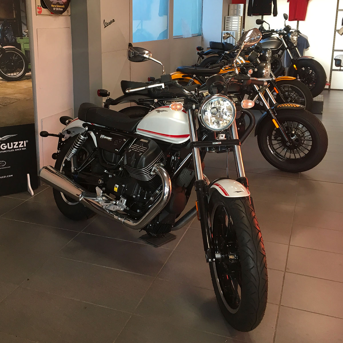 Sissi Moto Crema Usato moto usate - vendita a como e erba | moto giussani