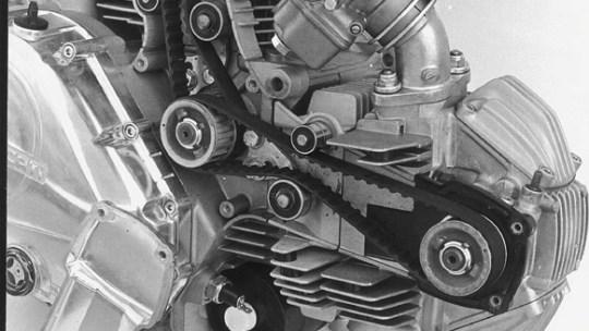 Cambiare cinghie di distribuzione al famoso motore Ducati serie Pantah 2Valvole