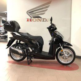 honda-sh-300-nero