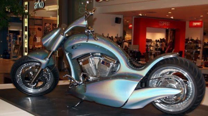 motocicleta Hollister Excite