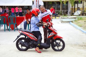 """Honda zooms to Bulacan with """"Generation Smart""""  University  Tour"""
