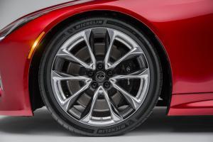 Lexus LC500 Features Michelin Pilot® Super Sport Tires
