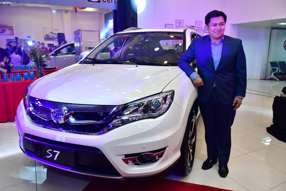 mark-tieng-with-all-new-byd-s7