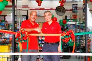 Caltex Celebrate with 7-Eleven 100th Store