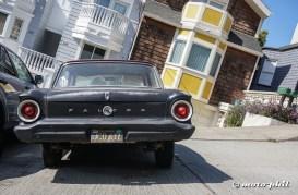 Old car on steep Ripley Street (31,5%)