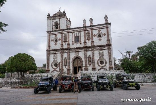 Mission San Ignacio and some mexican offroaders