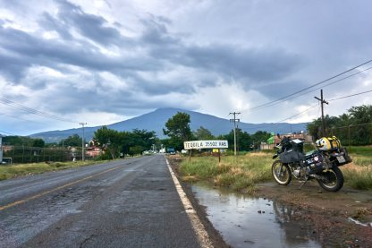 Tequila-town of tequila-volcan de tequila-dr650-motophil