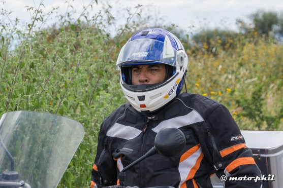 Ernesto, a mexican GS rider with his helmet