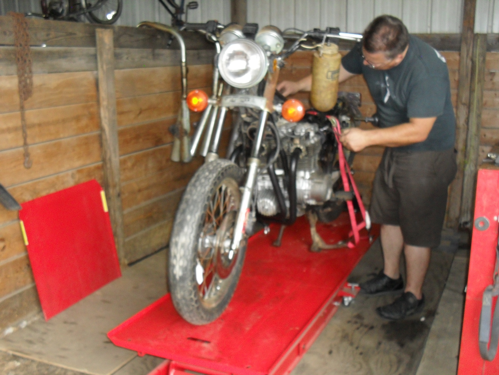 Vintage Piston Valve Keihin Carburetor Overhaul Motopsycos Asylum Cb650c Wiring Diagram Motopsyco Working On His Cb650
