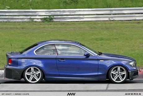 BMW Serie 1 coupé, vista clara en el anillo