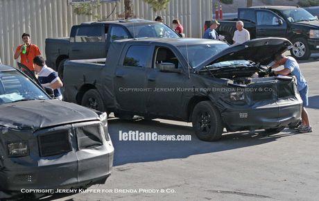 Fotos espías del Dodge Ram, más que camioneta, caminón