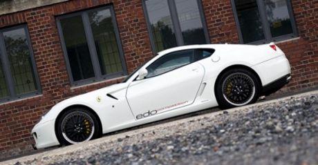 Tres fotos más del 599 GTB por Edo Competition