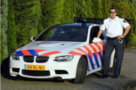 BMW regala un M3 coupé a la policía holandesa