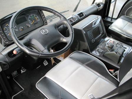 Mercedes Unimog U500 Black Edition