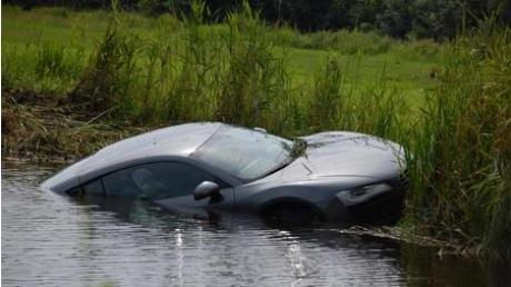 Audi R8 bajo el agua