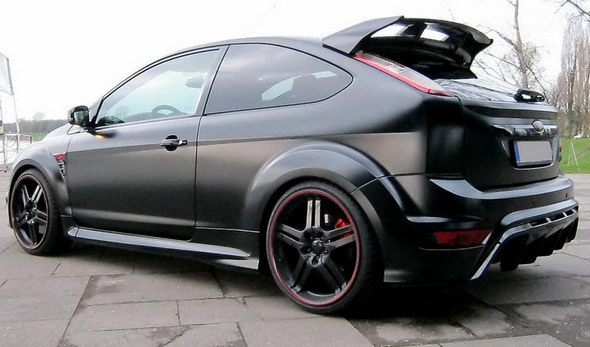 2011-ford-focus-rs-black--4_800x0w