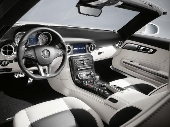 2012-Mercedes-SLS-Roadster-3