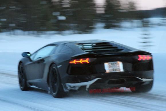Lamborghini Aventador Roadster, nuevas fotos espía