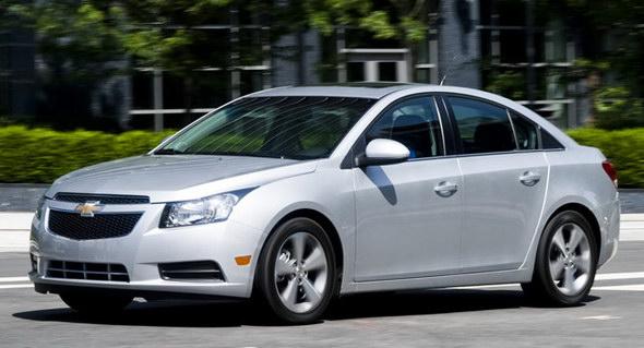 2012-Chevrolet-Cruze-3