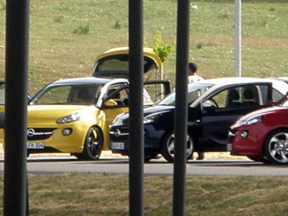 Opel Adam, fotos espía al desnudo