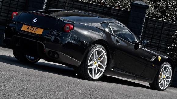A. Kahn actualiza tu Ferrari 599 GTB Fiorano