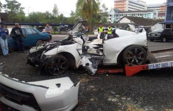 Cuatro personas mueren en Malasia tras un accidente entre dos Nissan GT-R