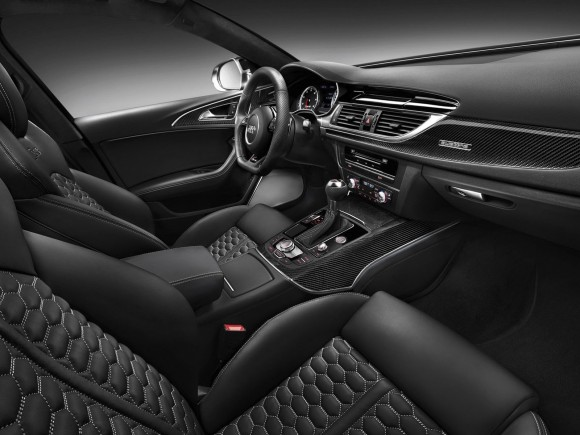 El Audi RS6 2013 muestra su cara
